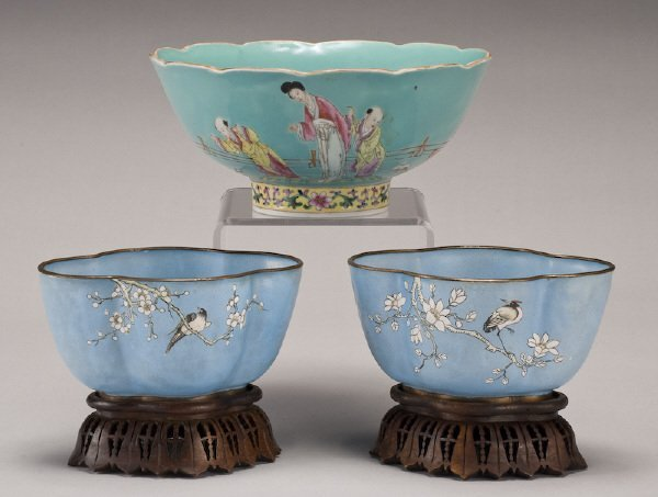 19: (3) Chinese porcelain bowls