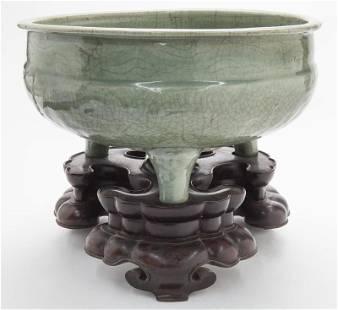 Chinese Ming Longquan celadon incense burner,