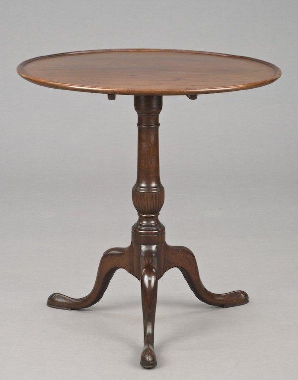 15: American mahogany dish-top tilt-top table