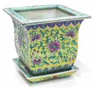Chinese Qing famille rose square porcelain planter