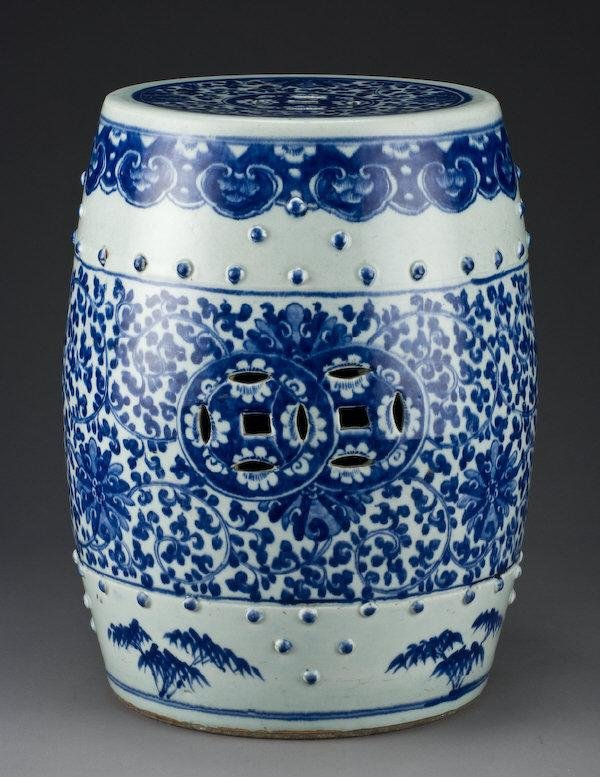 17: Chinese Qing blue and white porcelain garden seat