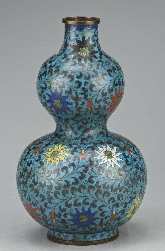 21: Chinese Late Ming cloisonne double gourd vase