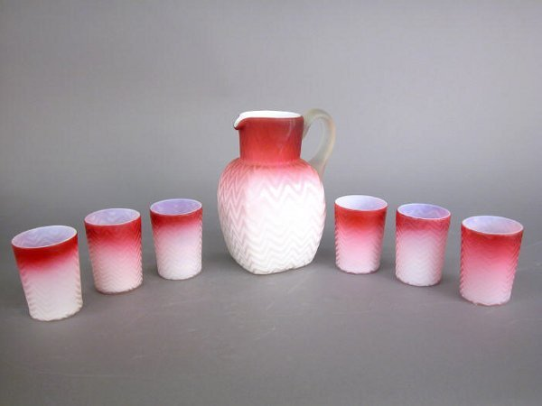 16: (7)pcs. Pink satin Mother of Pearl