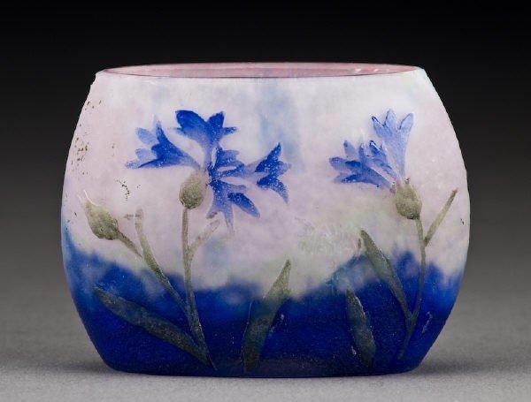 15: Daum Nancy French cameo cabinet vase,