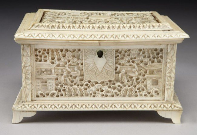 43: Chinese Qing carved ivory jewelry box depicting (In - 2
