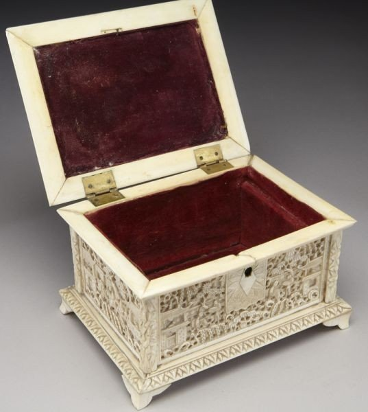 43: Chinese Qing carved ivory jewelry box depicting (In - 7