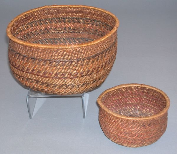 19: Two Apache Indian utility baskets. (1) Large