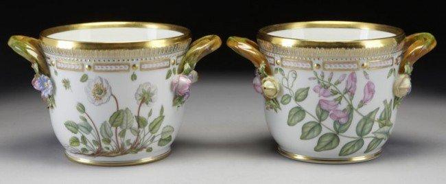 21: Pr. Royal Copenhagen Flora Danica cache pots