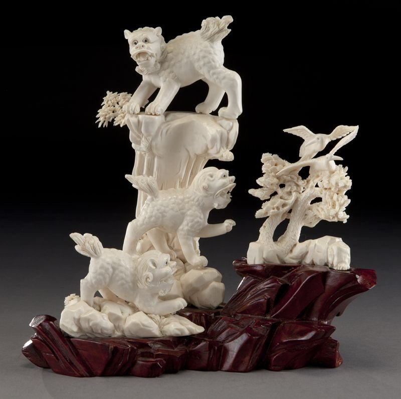 18: Chinese carved ivory statue