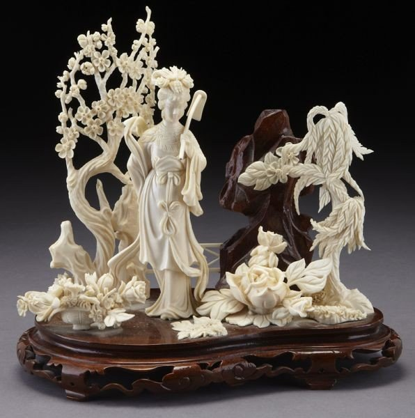21: Chinese carved ivory figure