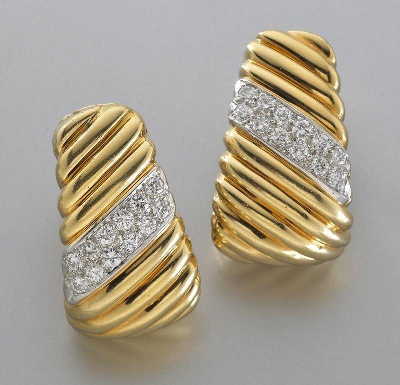 47: 18K gold and diamond hoop earrings