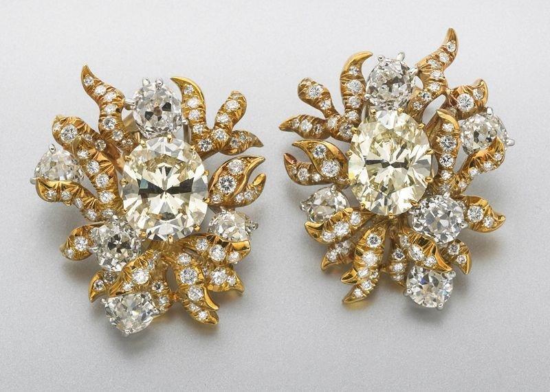 156: Pr. Julius Cohen 18K gold and GIA diamond earrings