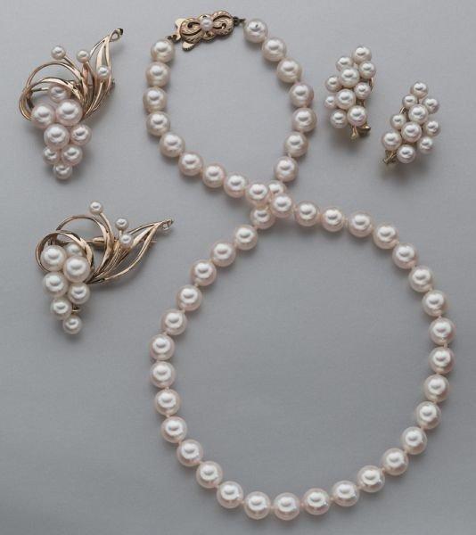 5: 4 Pcs. Mikimoto 14K gold and pearl jewelry,