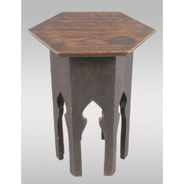 22: Mission hexagonal oak tabouret table w/ shaped