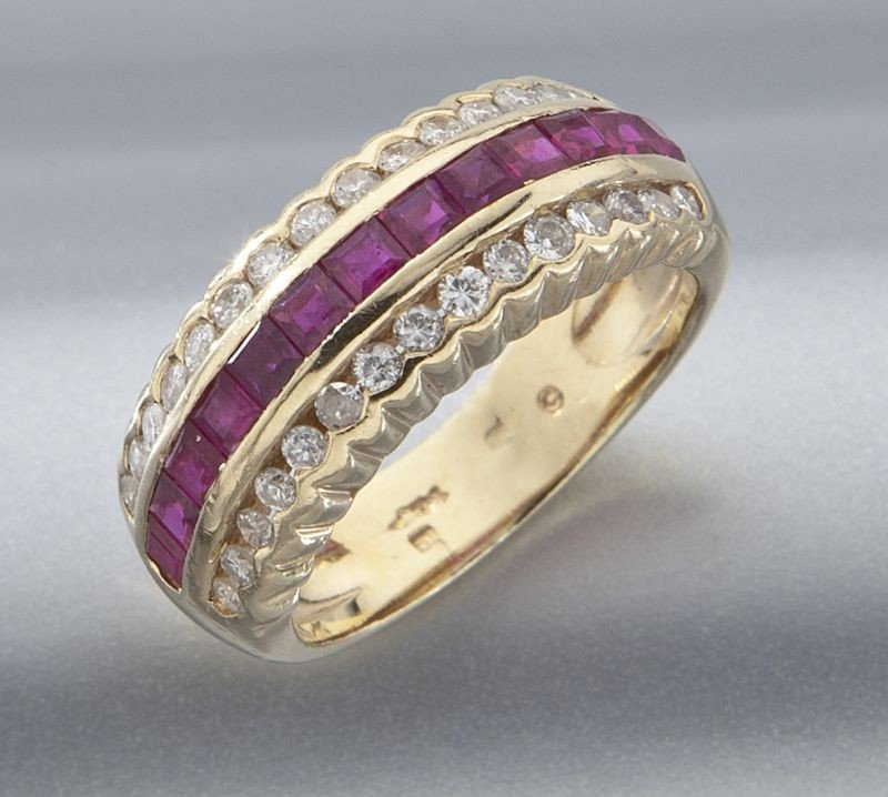 23: 14K gold, diamond and ruby ring