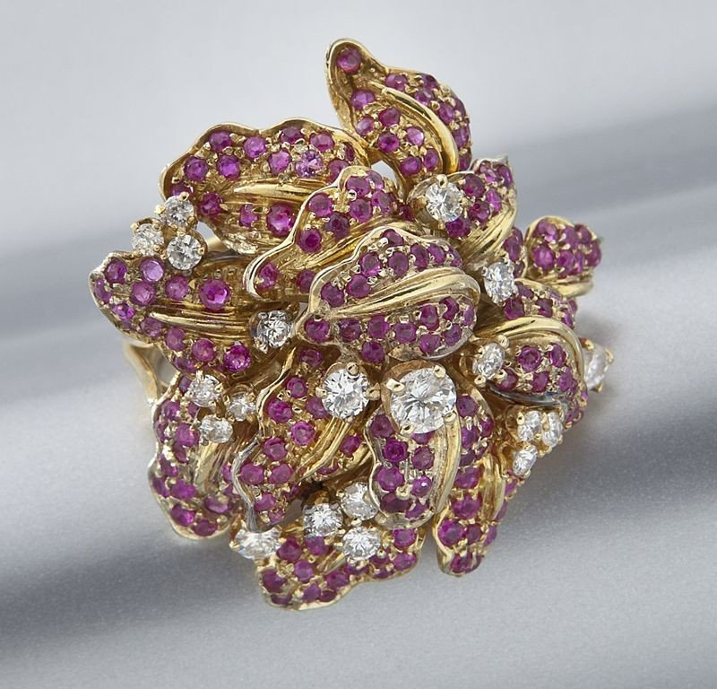 48: 14K gold, diamond and ruby dinner ring