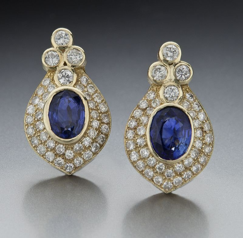 74: Pr. 14K gold, diamond and Ceylon sapphire earrings