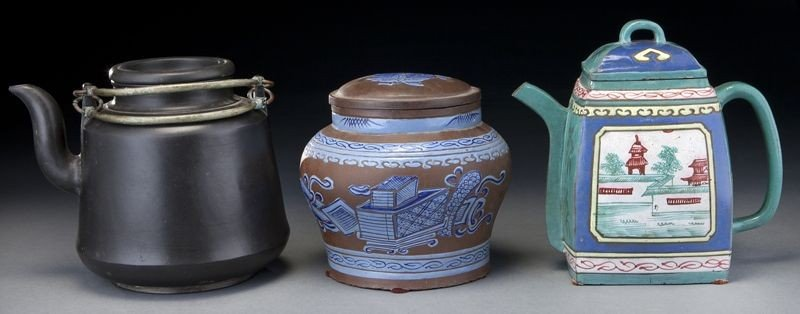 356: (3) Chinese Yixing teapots,
