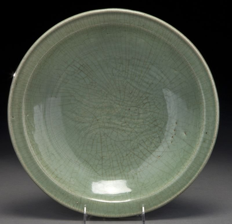 11: Chinese Ming longquan celadon porcelain charger