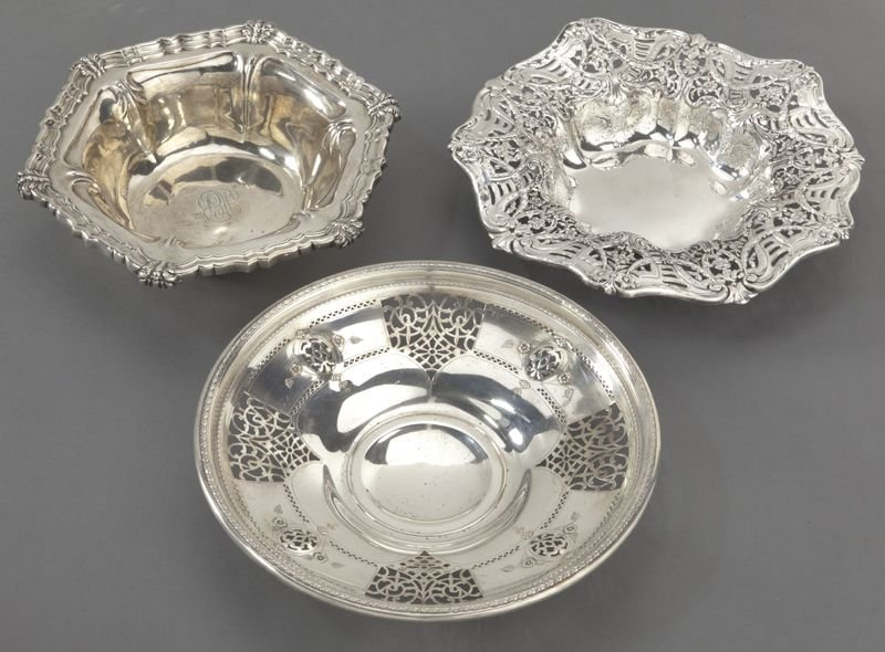 7: (7) American sterling silver dishes, incl.: - 2