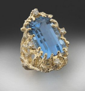 10: 14K diamond and aquamarine ring