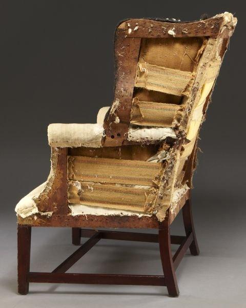 59: Period American Hepplewhite wing chair - 5