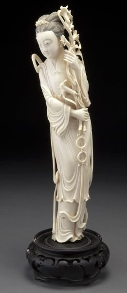 168: Chinese carved ivory lady,