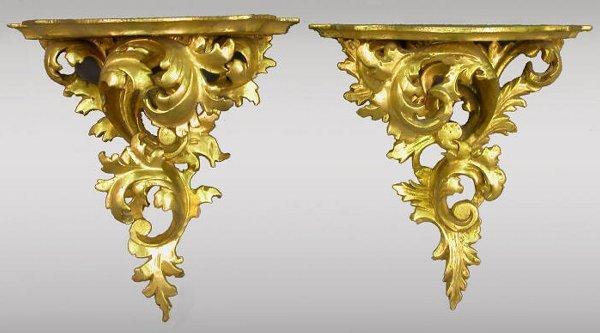516: Pr. Highly carved gilt Italian brackets