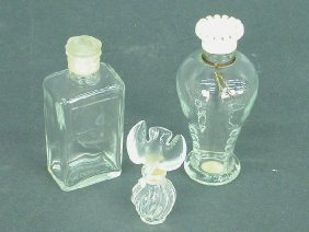 2309: Small Lalique perfume bottle with bird