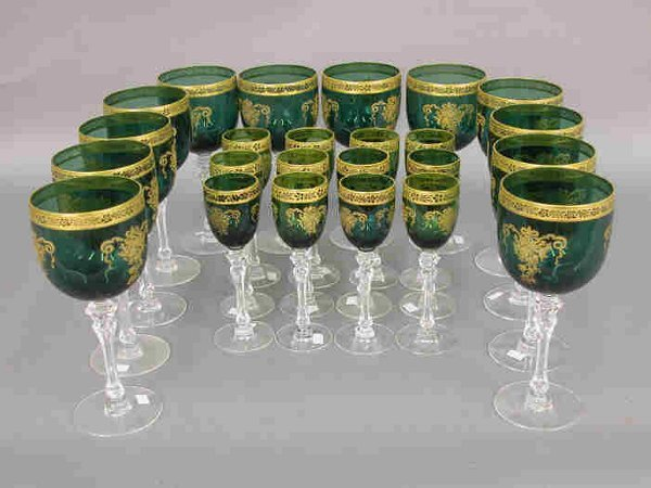 309: 24pcs. Green stemmed glasses with