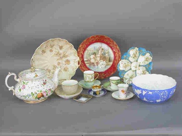 313: 16pcs. Assorted porcelains.
