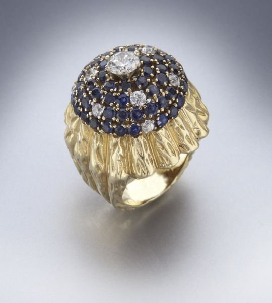 18K gold, diamond and sapphire dome ring