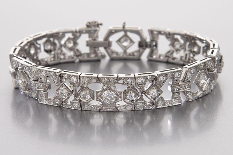 Art Deco 18K gold and diamond bracelet