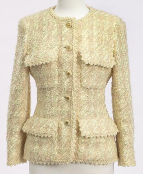 Chanel size 38 tweed jacket