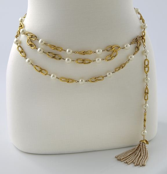 Chanel gold tone and faux-pearl belt