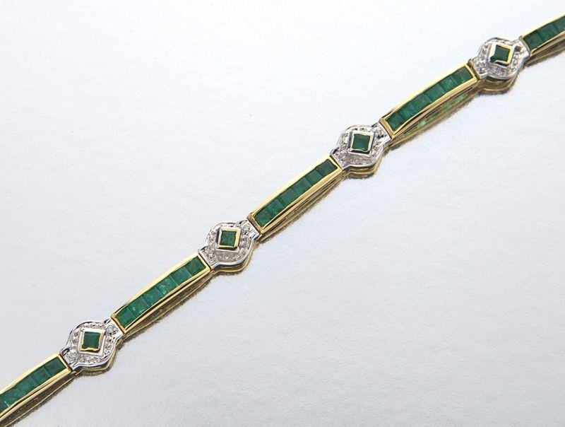 14K gold, emerald and diamond bracelet - 3