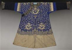 Chinese Qing embroidered dragon robe,