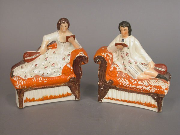 514: Pair of Staffordshire figures, likely us