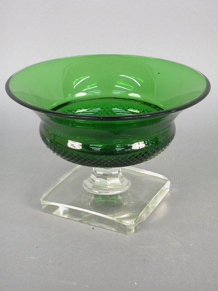 516: American green glass compote with clear