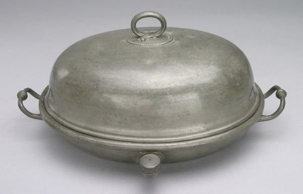4: Marked Sheffield pewter covered meat dish with an