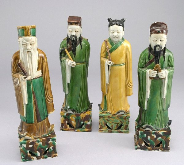 274: Four Ming style figures with sancai coloration.