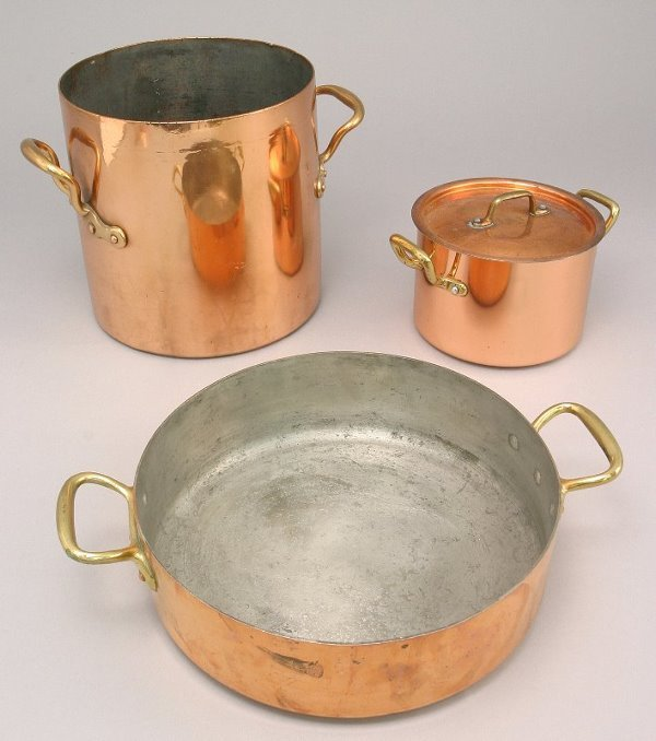 281: 3pcs. tin lined copper cookware having brass