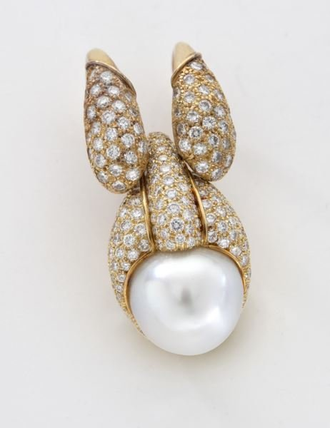 Henry Dunay 18K gold, pearl and diamond pendant