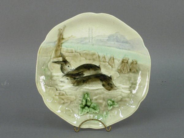 151: French Majolica/Barbotine plate with