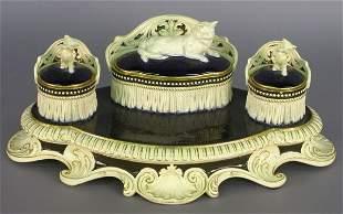 Majolica figural cat decorated vanity box in