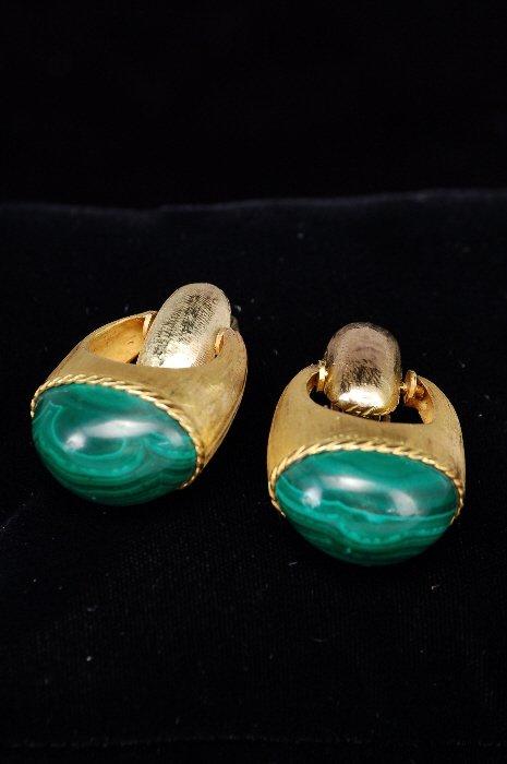 22: 14K gold and malachite doorknocker earrings,