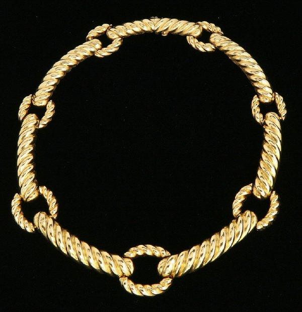 147: David Webb 18K corrugated link collar necklace