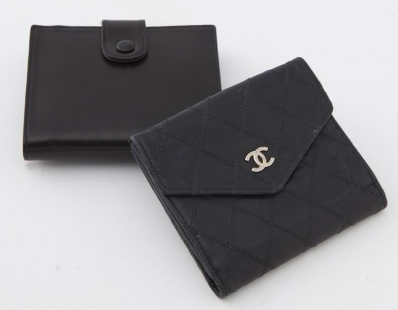 (2) Chanel black leather logo wallets - 2