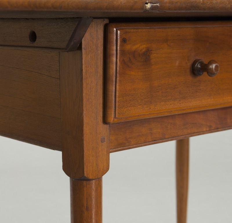 American 18th C. walnut farm table - 8