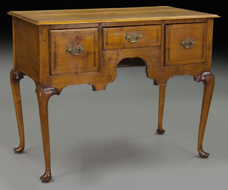 American 18th C. inlaid maple dressing table